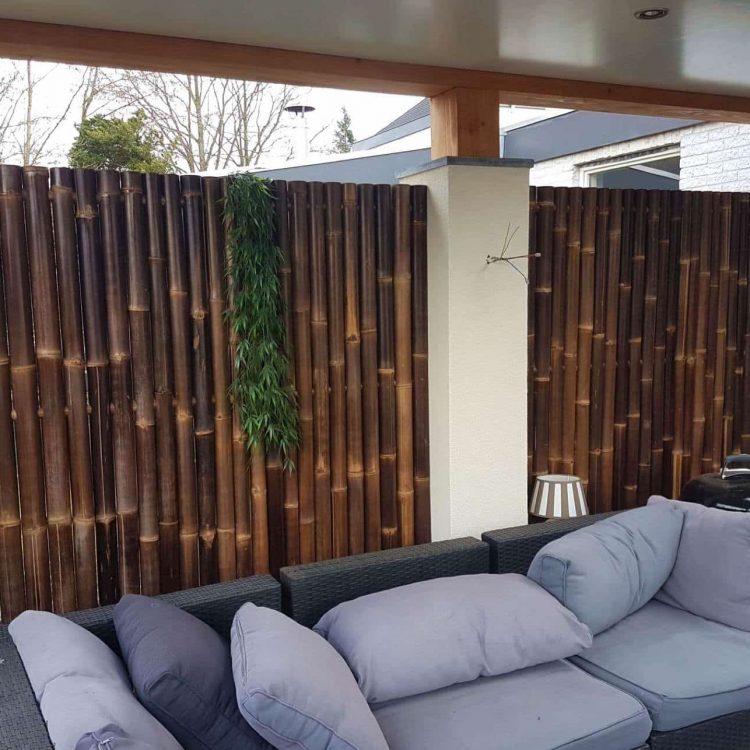 Zwart bamboe tuinscherm van bamboo import